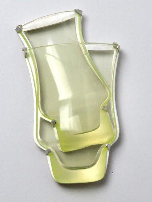 Gésine Hackenberg, broche, glas, metaal