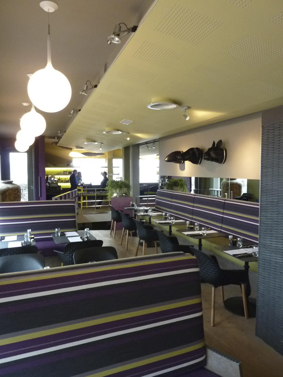 Inrichting restaurant Vaderland (Nijmegen) door Ward Schrijver, 2011. Foto met dank aan Ward Schrijver©