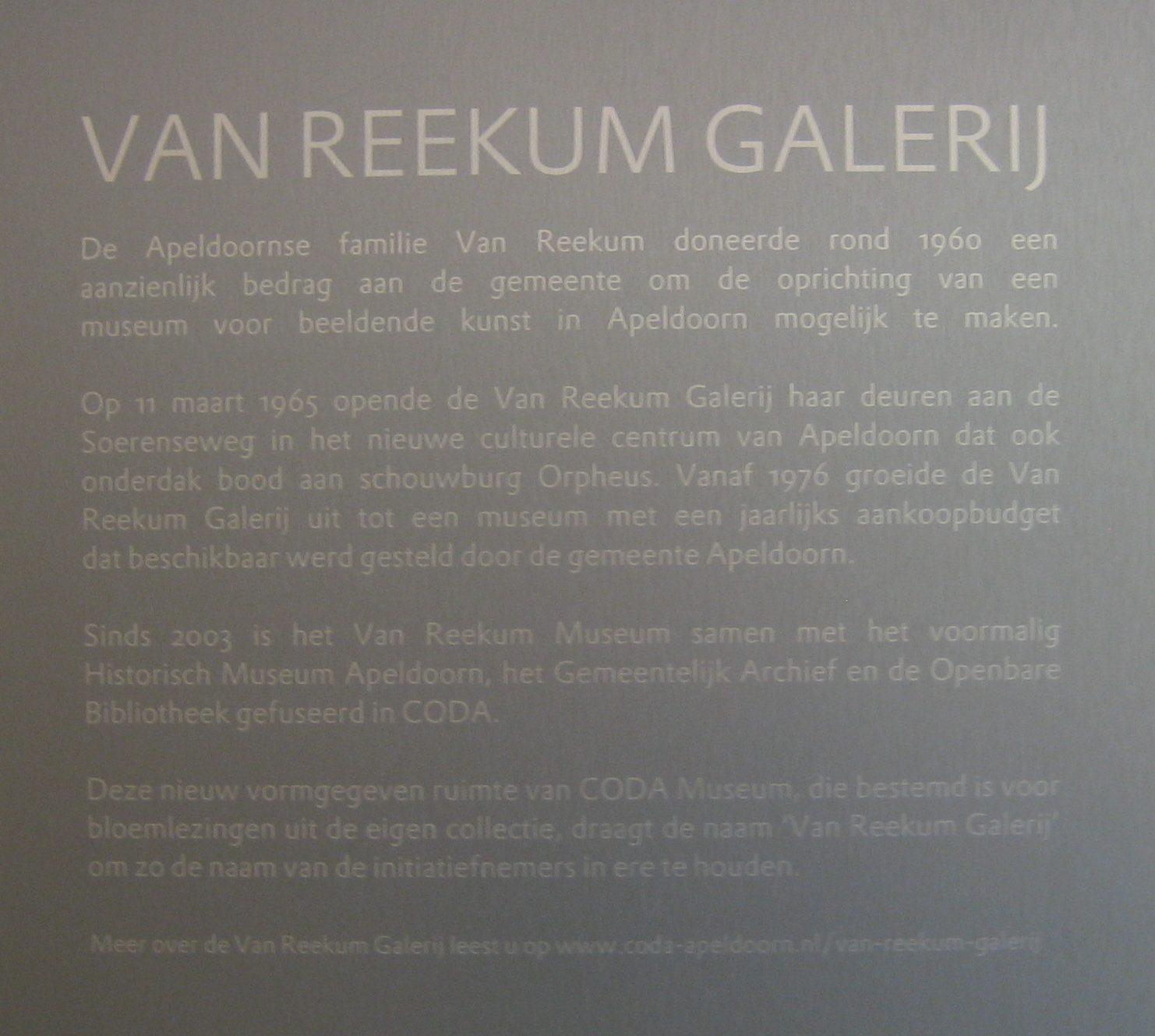 Tekstbord in CODA ter herinnering aan de Van Reekum Galerij. Foto Esther Doornbusch, CC BY 4.0