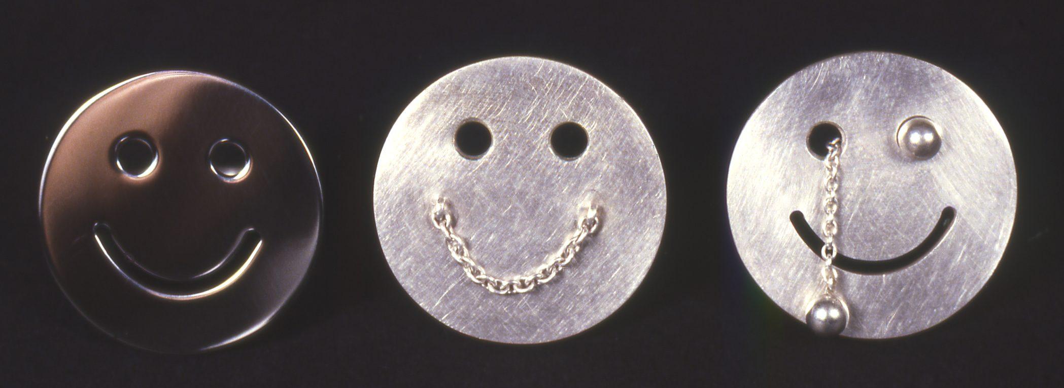 Susanne Klemm, Smiley rings, 1998. Foto met dank aan Susanne Klemm©