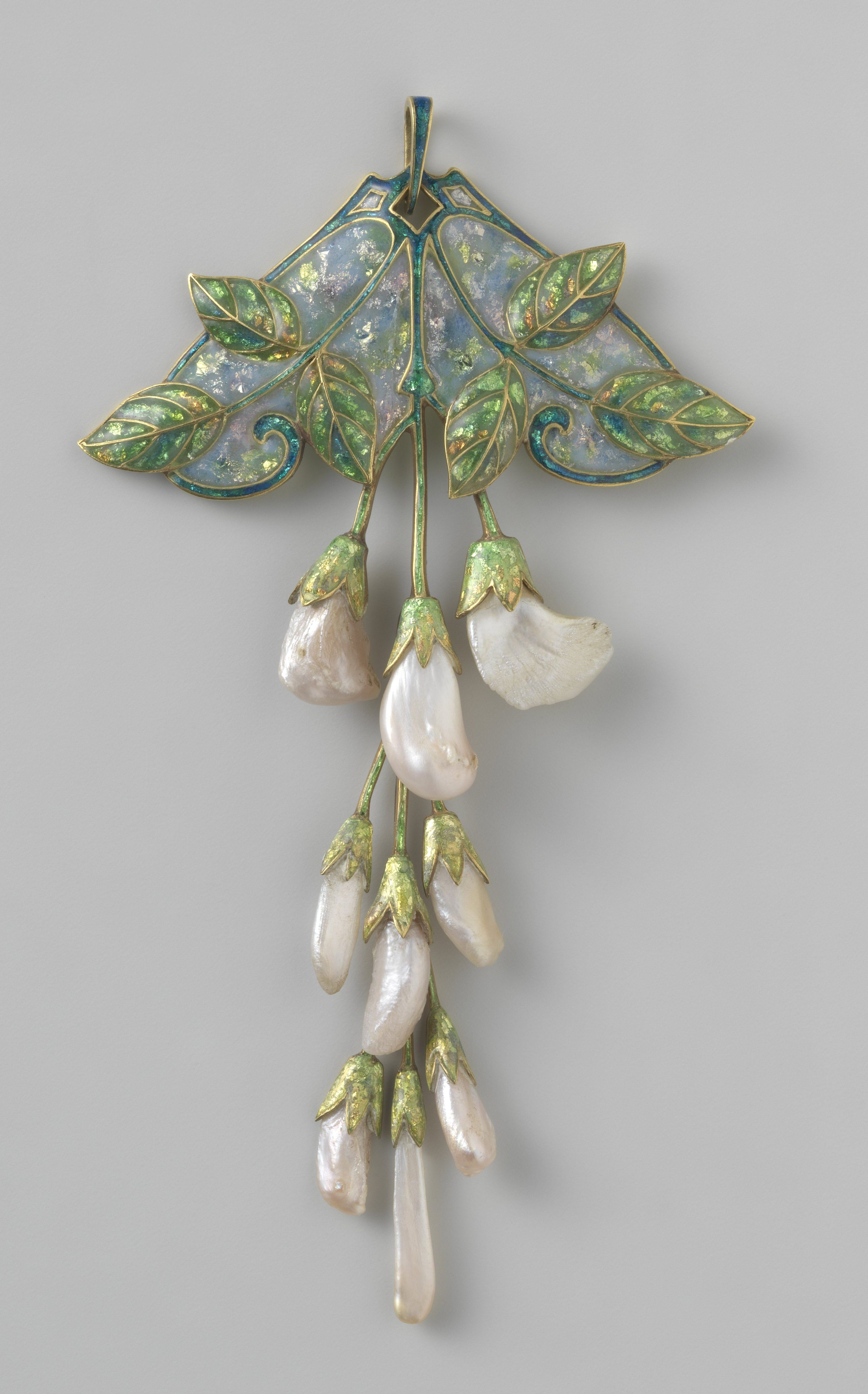 Georges Fouquet, hanger, circa 1909. Collectie Rijksmuseum, BK-1970-64, publiek domein (CC0 1.0)