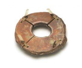 Sam-Tho Duong, Avocado Ring, 2005. Foto met dank aan Ornamentum Gallery©