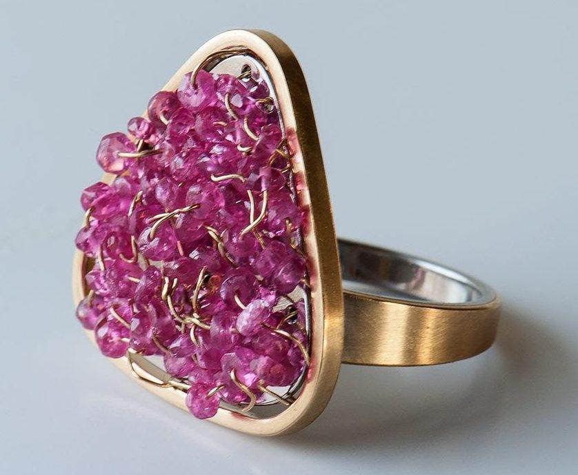 Anna Heindl, Sternenschauer, ring, Foto met dank aan Galerie Slavik©