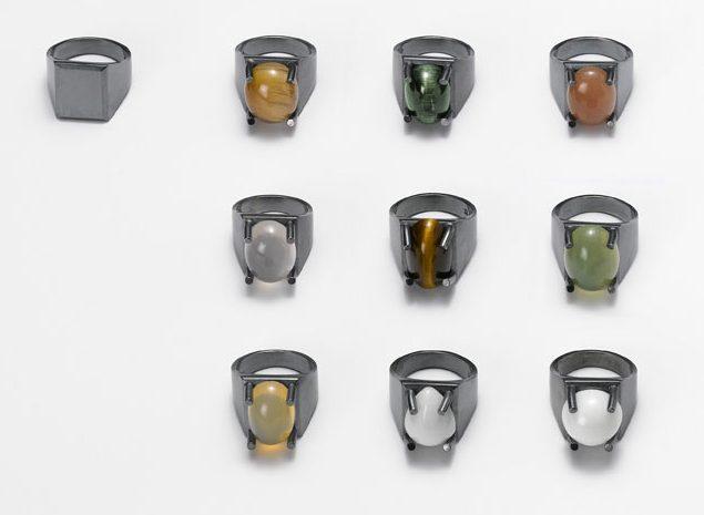 Ute Eitzenhöfer, ringen, 2010. Foto met dank aan Galerie Marzee©