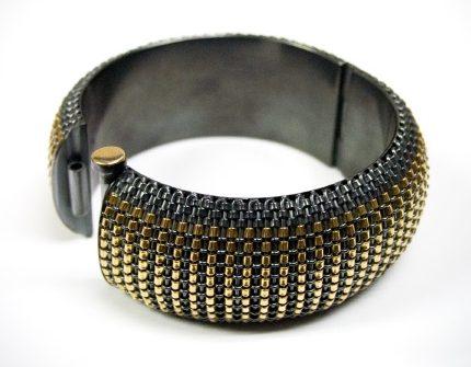 Hanne Behrens, armband, metaal