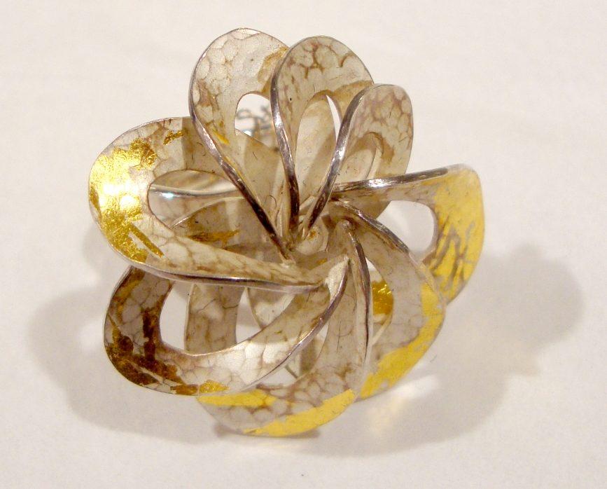 Yuka Saito, ring. Courtesy Mobilia Gallery©