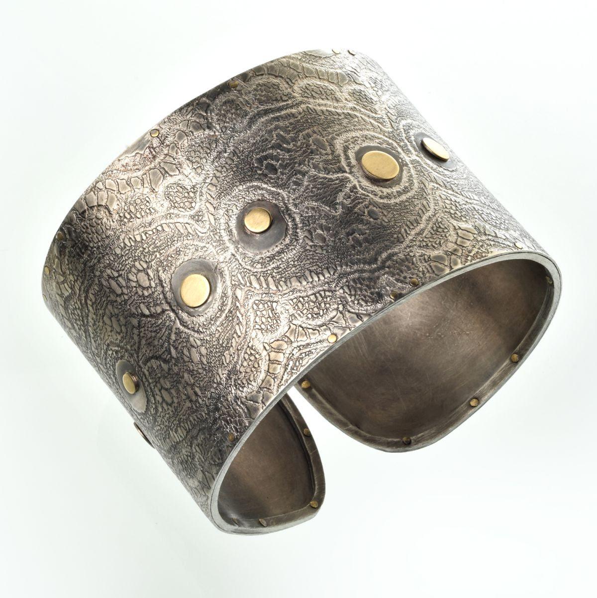 Heidemarie Herb, armband, metaal