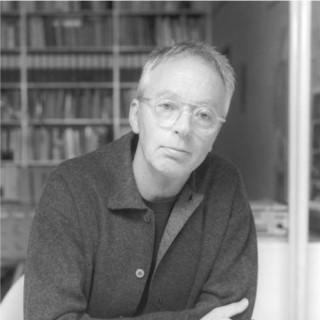 Gijs Bakker. Foto Ton Werkhoven, portret, 1999