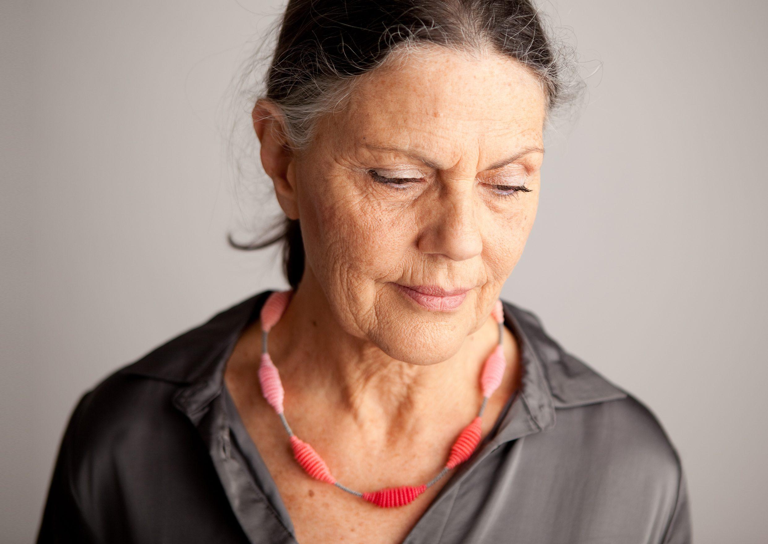 Anke Hennig, Linea I, halssieraad. Foto met dank aan Anke Hennig©