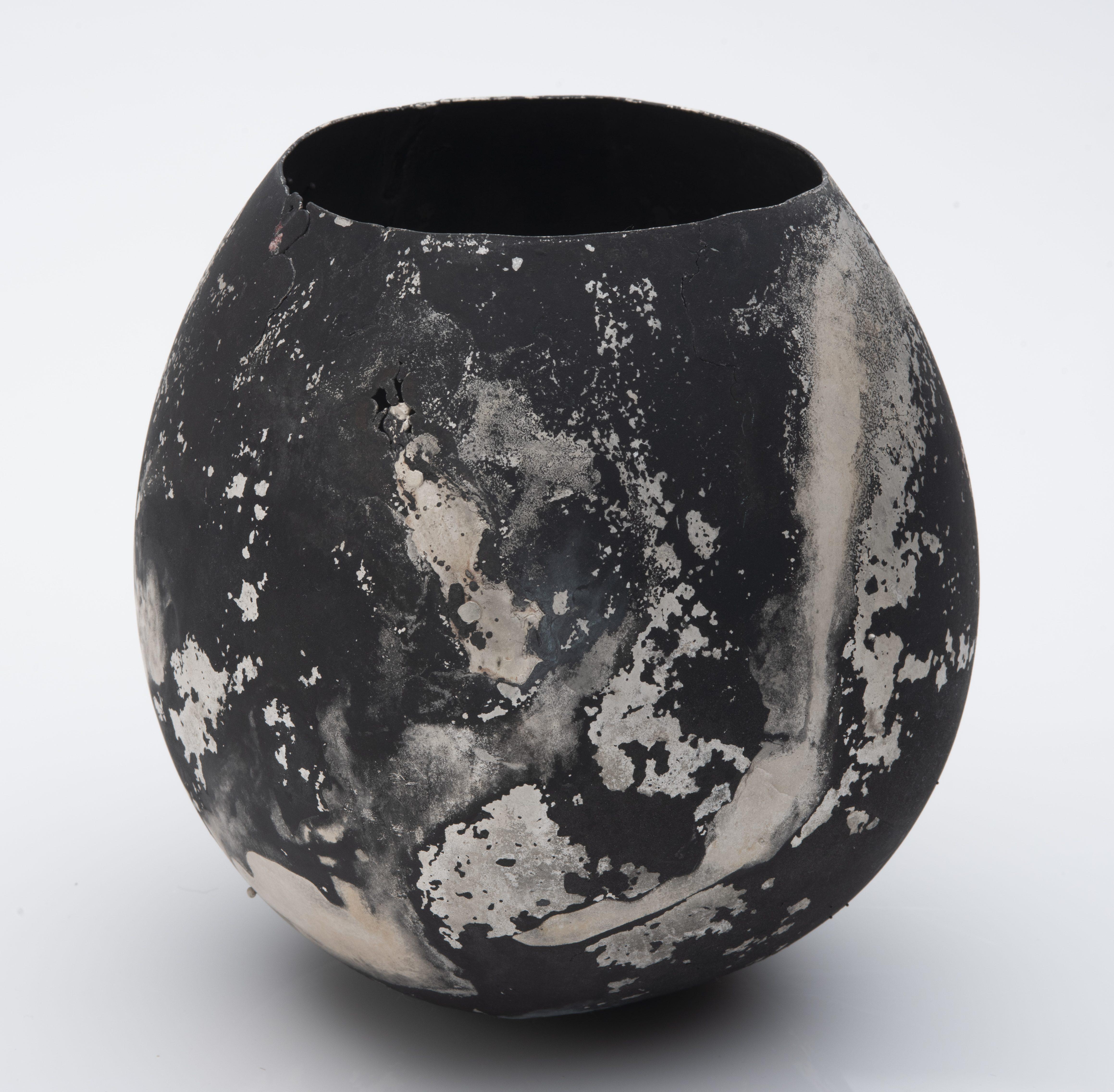 Peter Bauhuis, Policast, vaas, 2016, zilver