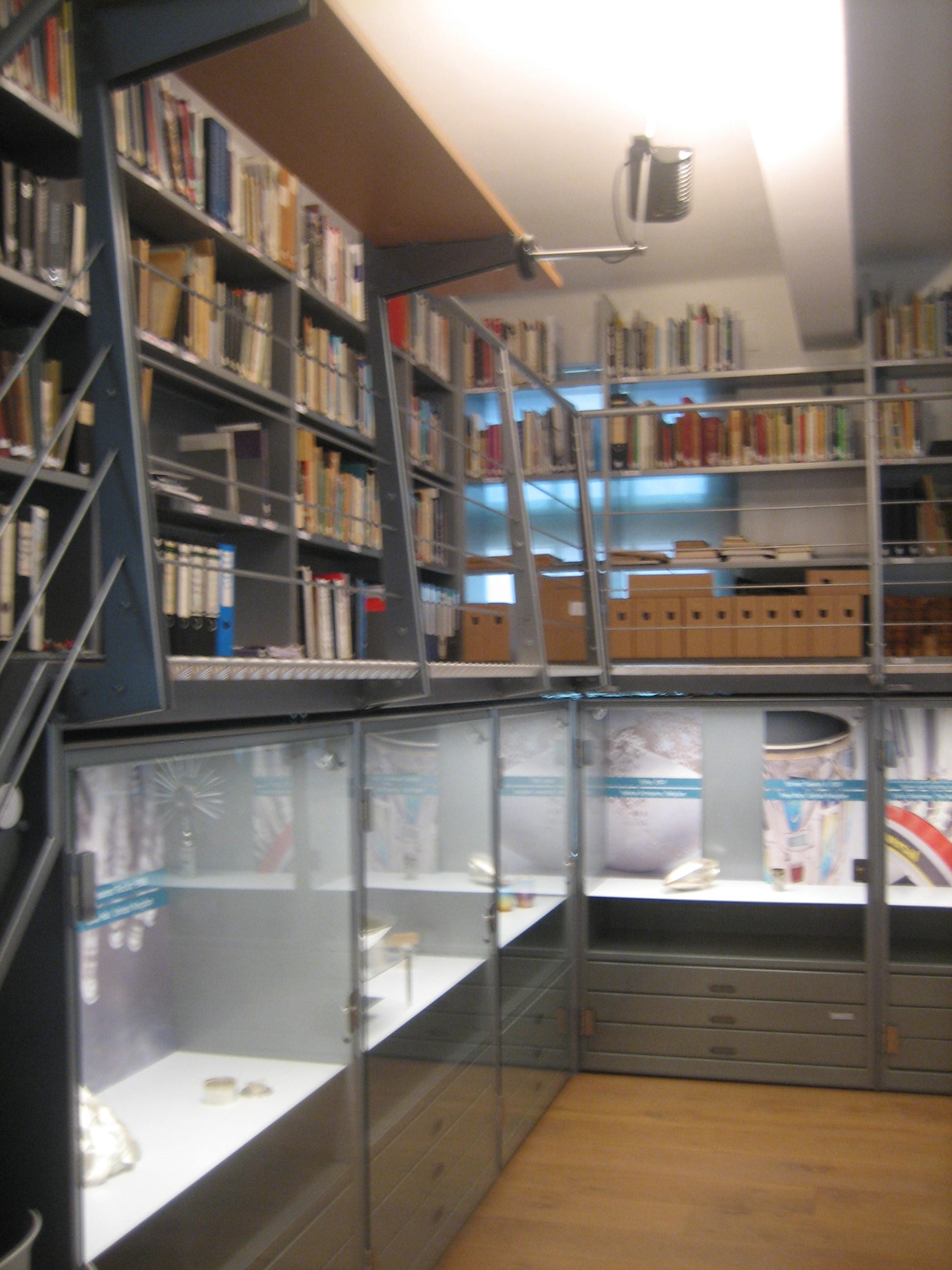 Zilvermuseum Schoonhoven, bibliotheek. Foto Esther Doornbusch, 29 maart 2019, CC BY 4.0