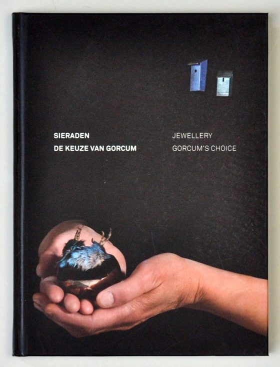 Sieraden, de keuze van Gorcum. Foto met dank aan Galerie Marzee©