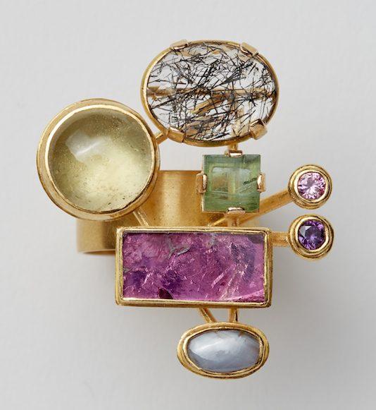 Rike Bartels, Welteninsel, ring, 2019, goud, stenen