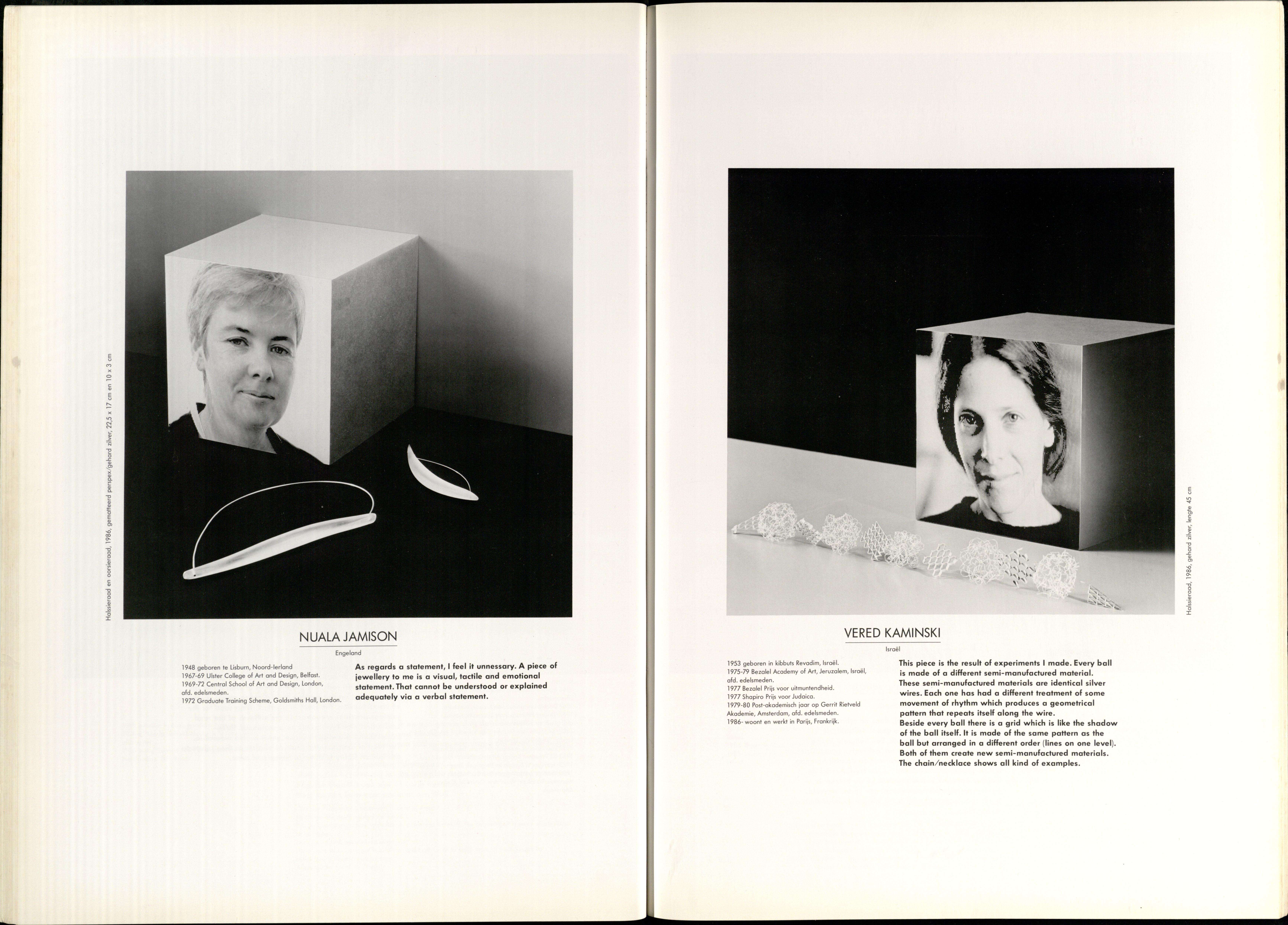 10 Jaar Ra, bladzijde 42 en 43, Nuala Jamison en Vered Kaminski, 1986, foto's Anna Beeke, portret, halssieraden, oorsieraad, drukwerk, papier, zilver, perspex