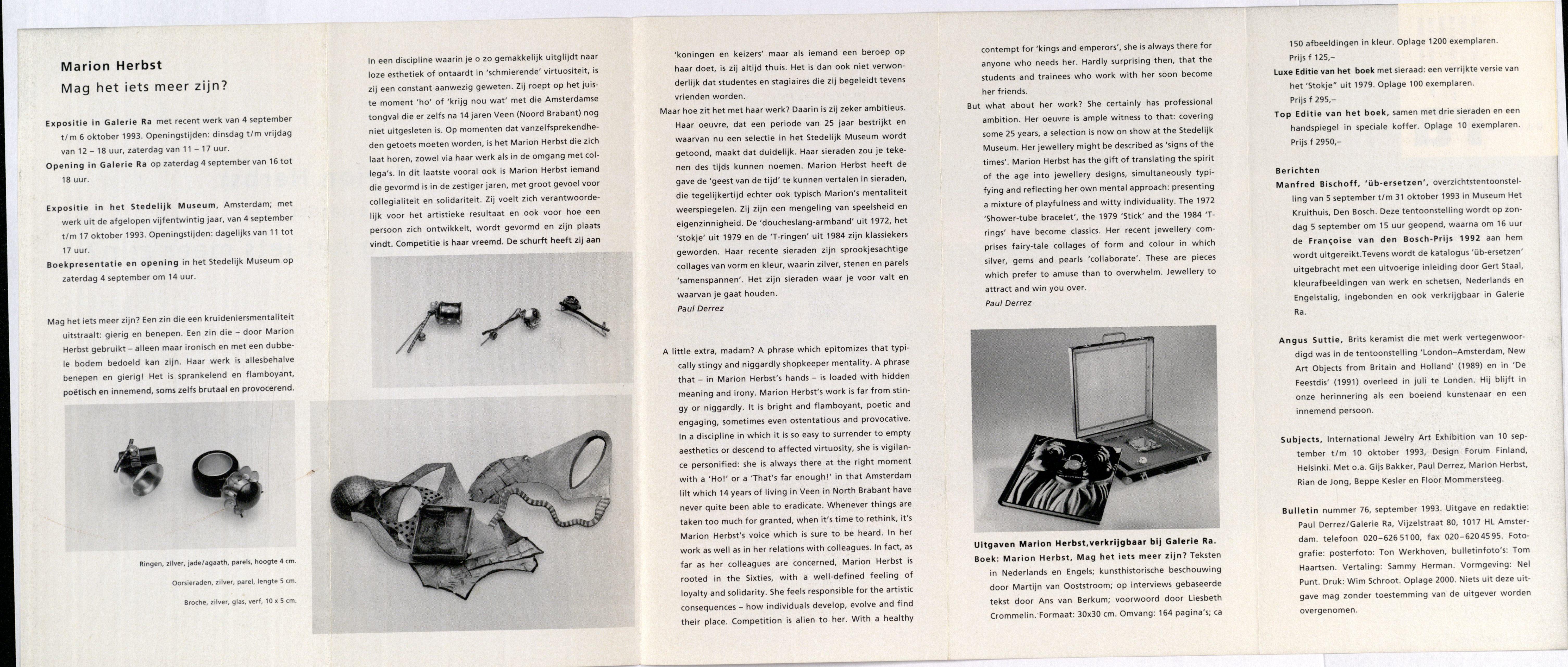 Ra Bulletin 76, september 1993, achterzijde met tekst en foto's van Tom Haartsen, drukwerk, papier, ringen, zilver, jade, agaat, parels,