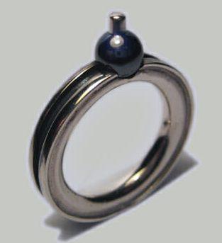 Ben Wisman, ring, 2012, metaal