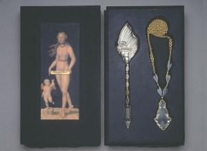Sondra Sherman, Venus and Cupid, halssieraad in foedraal, 1990-1995. Collectie Metropolitan Museum of Art