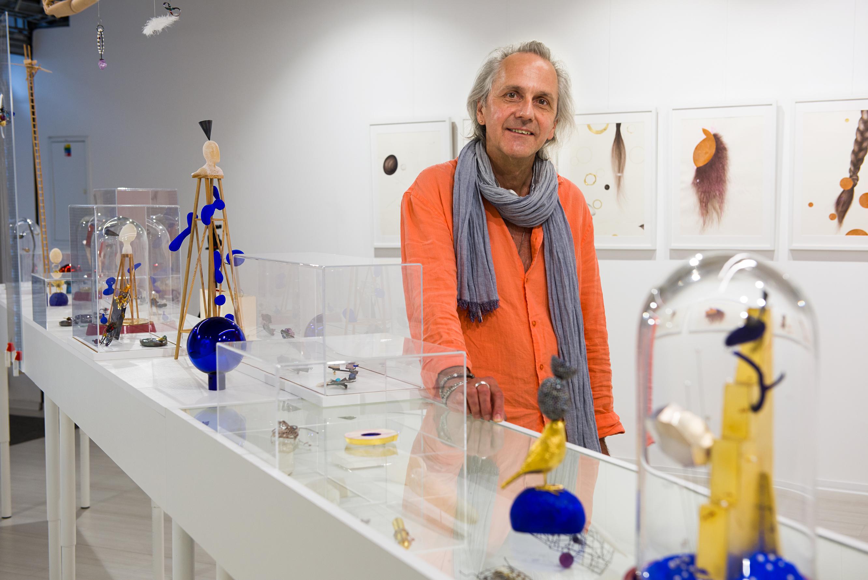 Karol Weisslechner, tentoonstelling, portret, vitrines