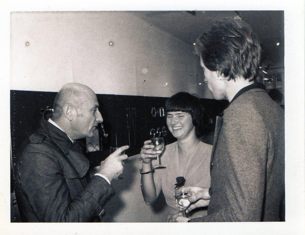 5 Jarig jubileum Galerie Sierraad, 1974: Benno Premsela, Lous Martin en Hans Appenzeller, portret