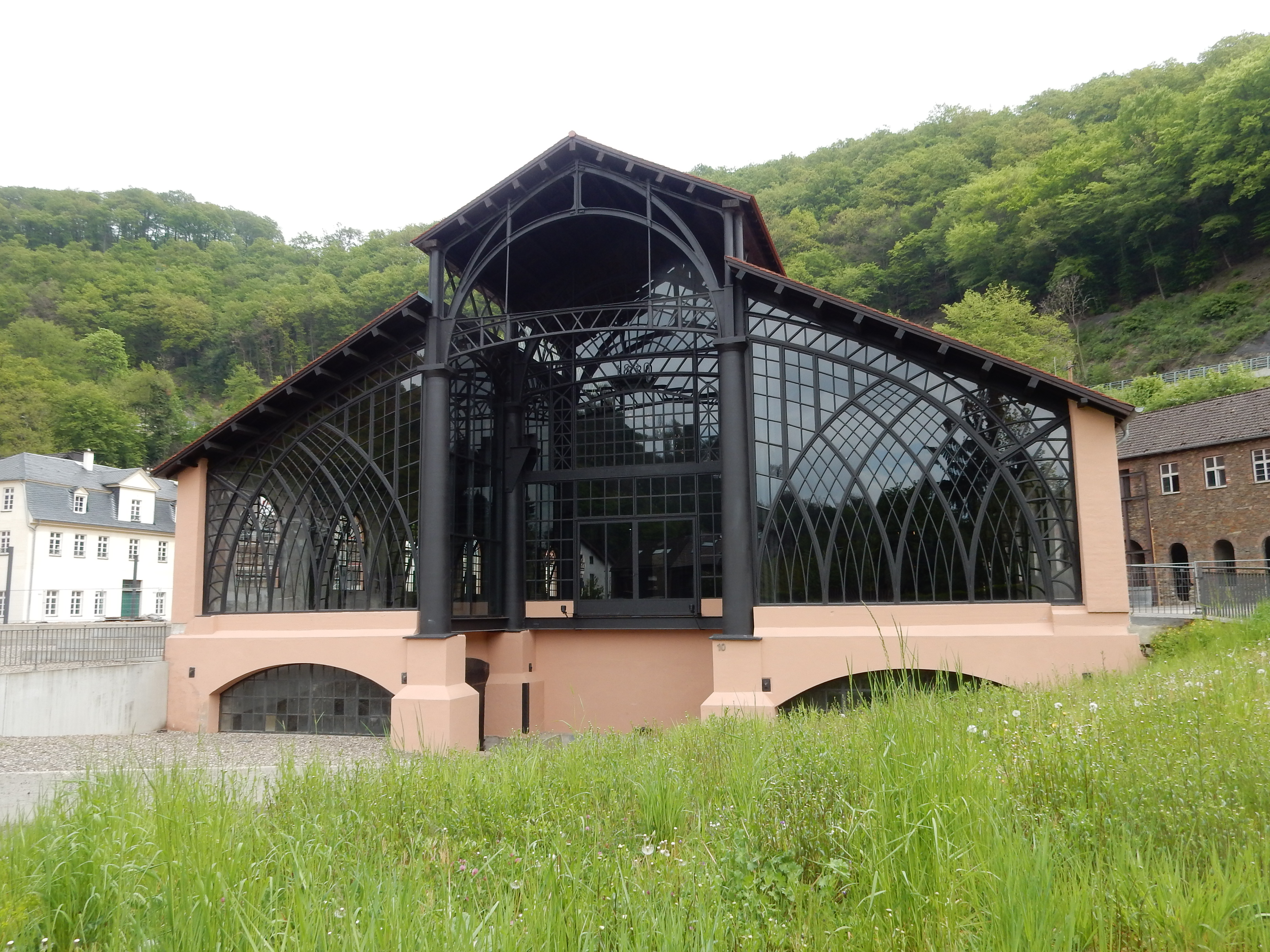 Rheinisches Eisenkunstguß-museum, Sayn. Foto Coert Peter Krabbe, mei 2019, gevel, exterieur