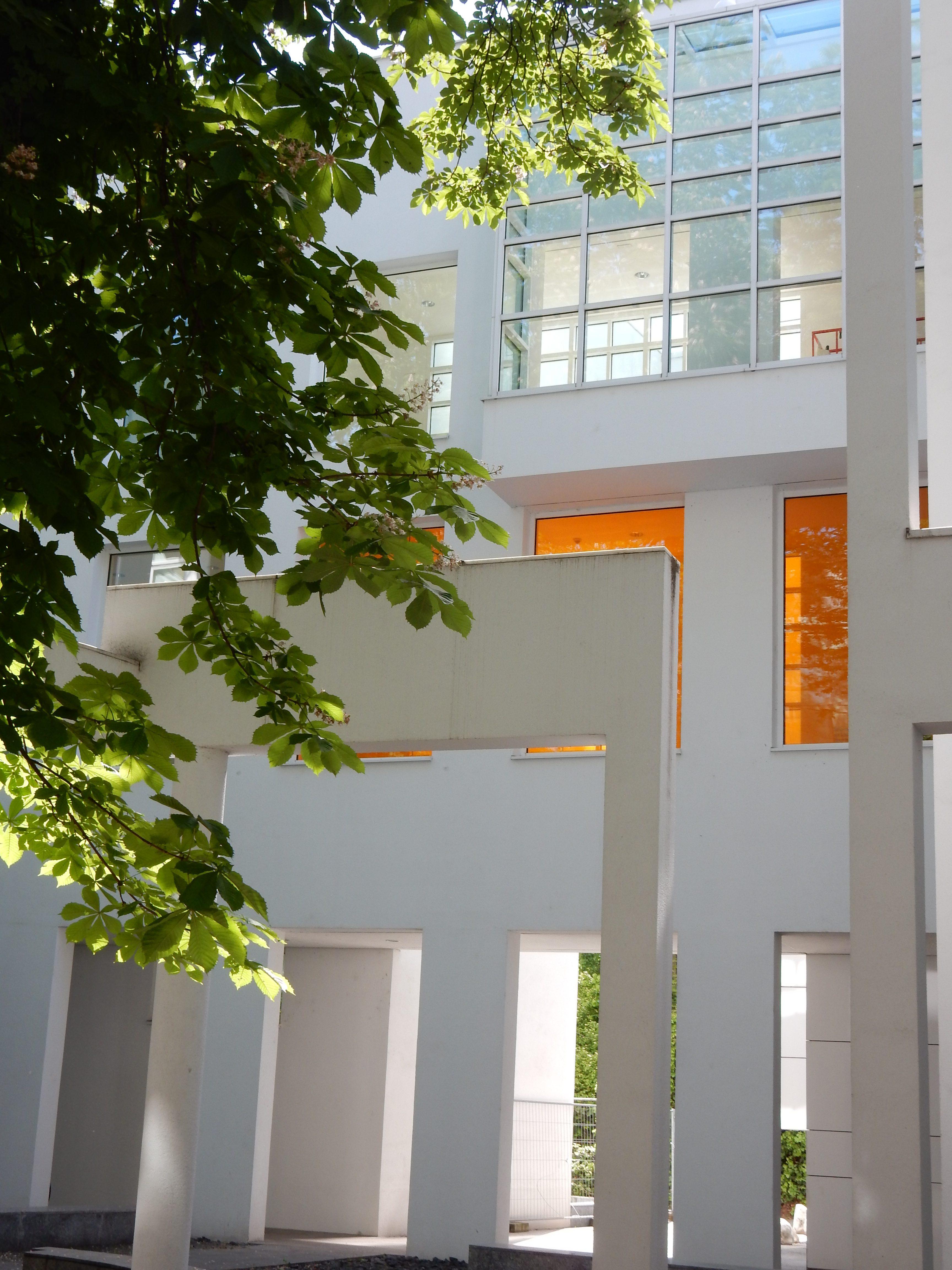 Museum Angewandte Kunst, Frankfurt. Foto Coert Peter Krabbe, mei 2019, gevel, exterieur