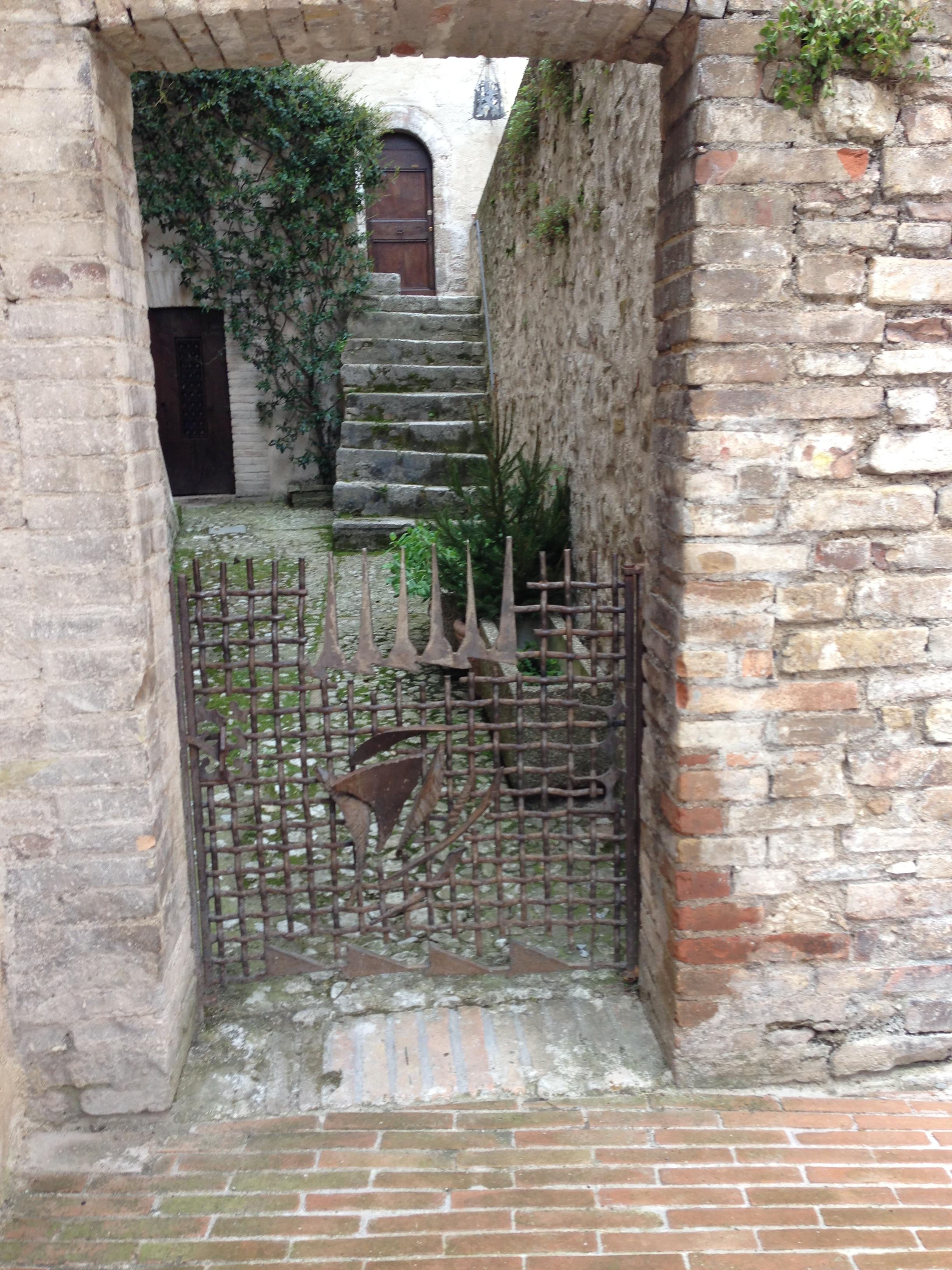 Nino Franchina, hek, Via del Duomo, Spoleto. Foto Manuelarosi