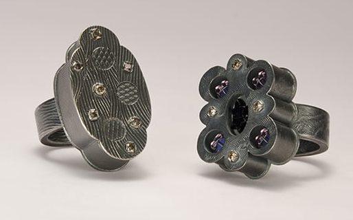 Helen Britton, ringen, 2013, zilver, glas, diamant