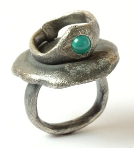 Karl Fritsch, Ring #494, ring, 2019, zilver chrysopraas