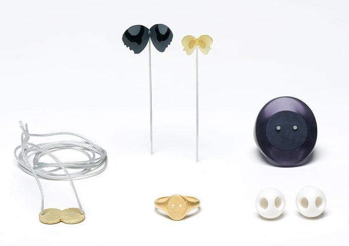 Kiko Gianocca. sieraden, 2007, oorsieraden, ring, halssieraad, porselein