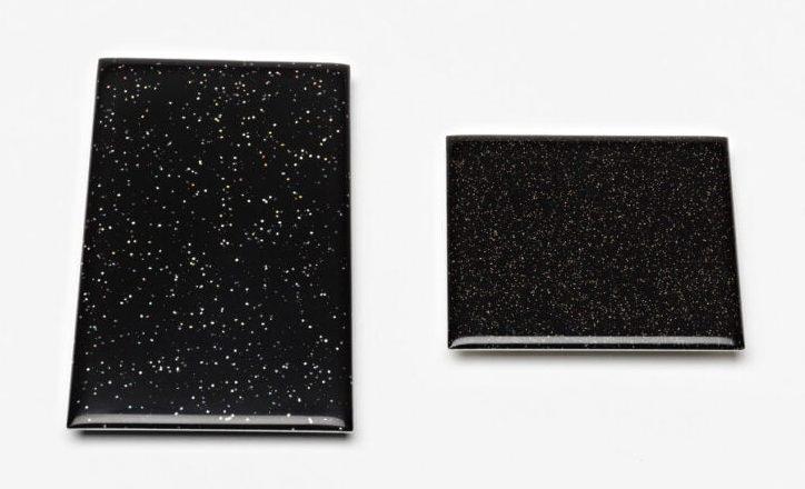 Kiko Gianocca. Fireworks, broches, 2012, voorzijde, zilver, kunsthars, foto
