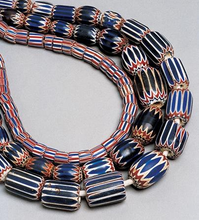 Halssieraden, Italië, 1800-1899. Collectie World Jewellery Museum, glaskralen