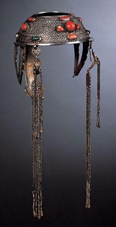 Sieraad, Mongolië, 1900-1999. Collectie World Jewellery Museum, zilver, turkoois, koraal