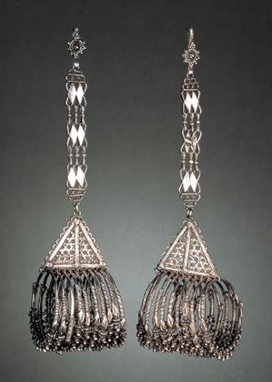 Oorsieraden, India, 1900-1999. Collectie World Jewellery Museum, zilver