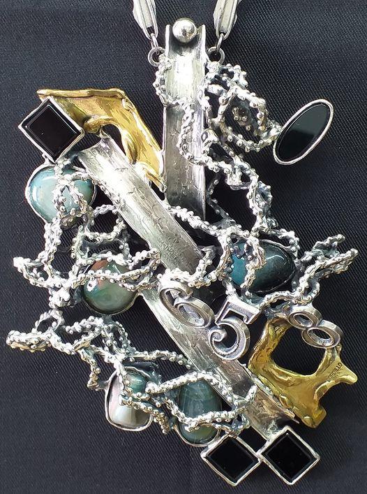 Alberto Gordillo, halssieraad, zilver, messing, agaat, onyx