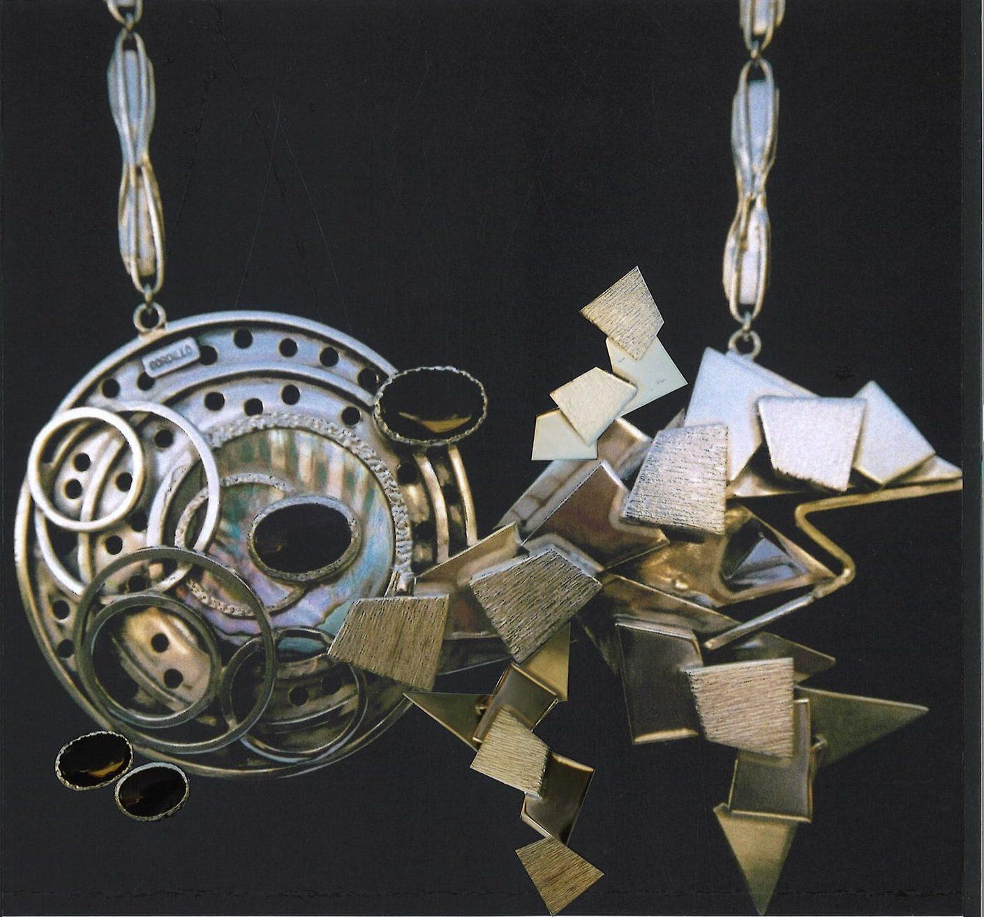 Alberto Gordillo, halssieraad, 1970-1979, zilver, onyx, parelmoer