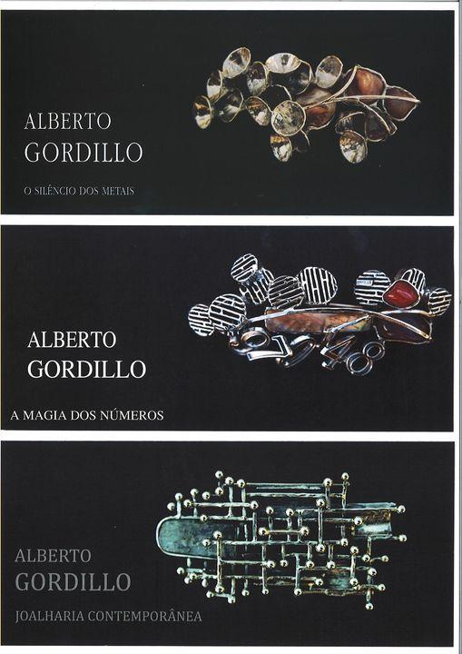 Alberto Gordillo, broches