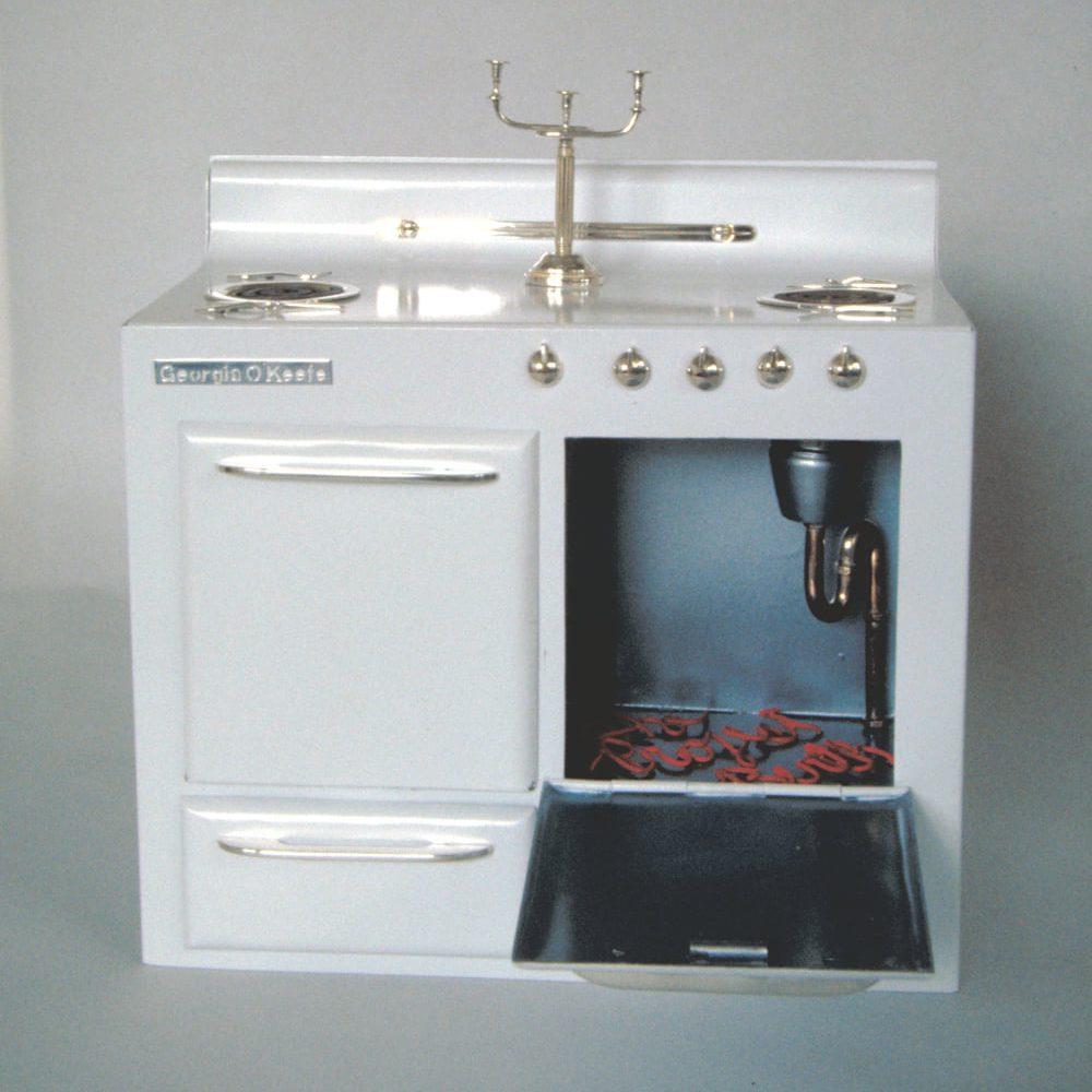 Harriete Estel Berman, Buns in the Oven, beeldhouwerk, koper, verf