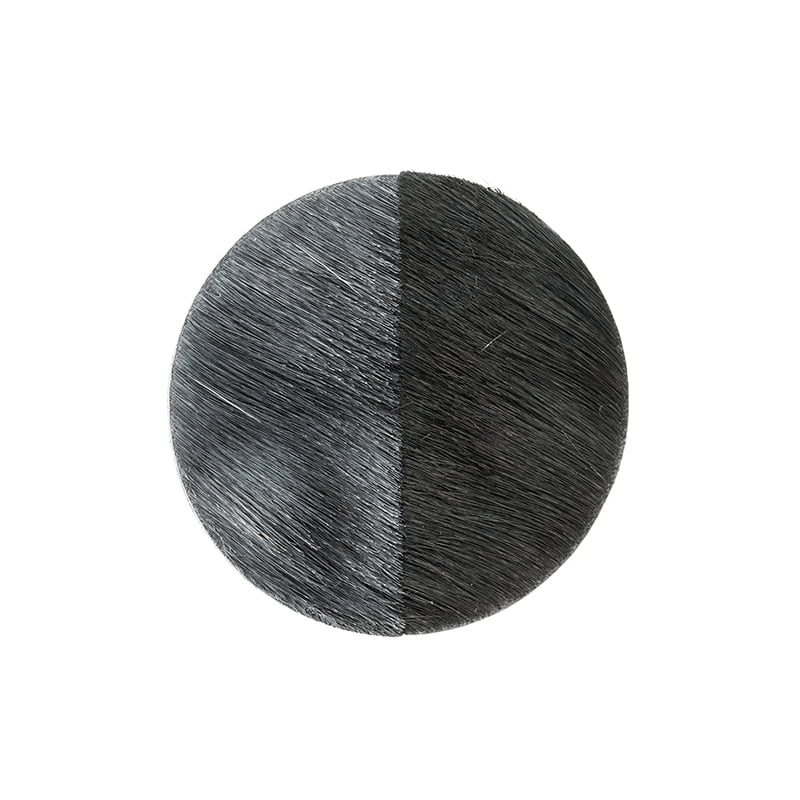 Lore Langendries, Unie #2 Brooch, broche, 2015, springbokhuid, leer, magneet