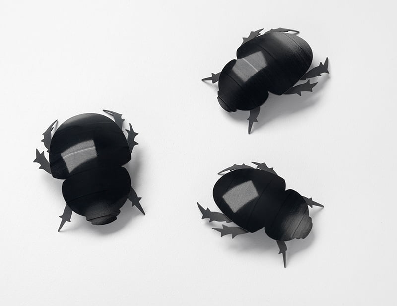 Sue Lorraine, Beetle Brooches, broches, 2012, staal, vinyl