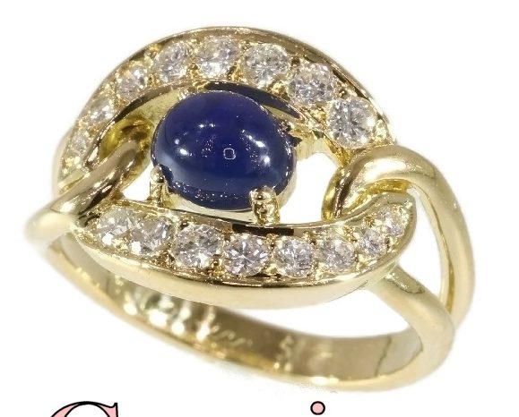 Cartier, ring, circa 1990. Foto Adin, goud, diamanten, saffier