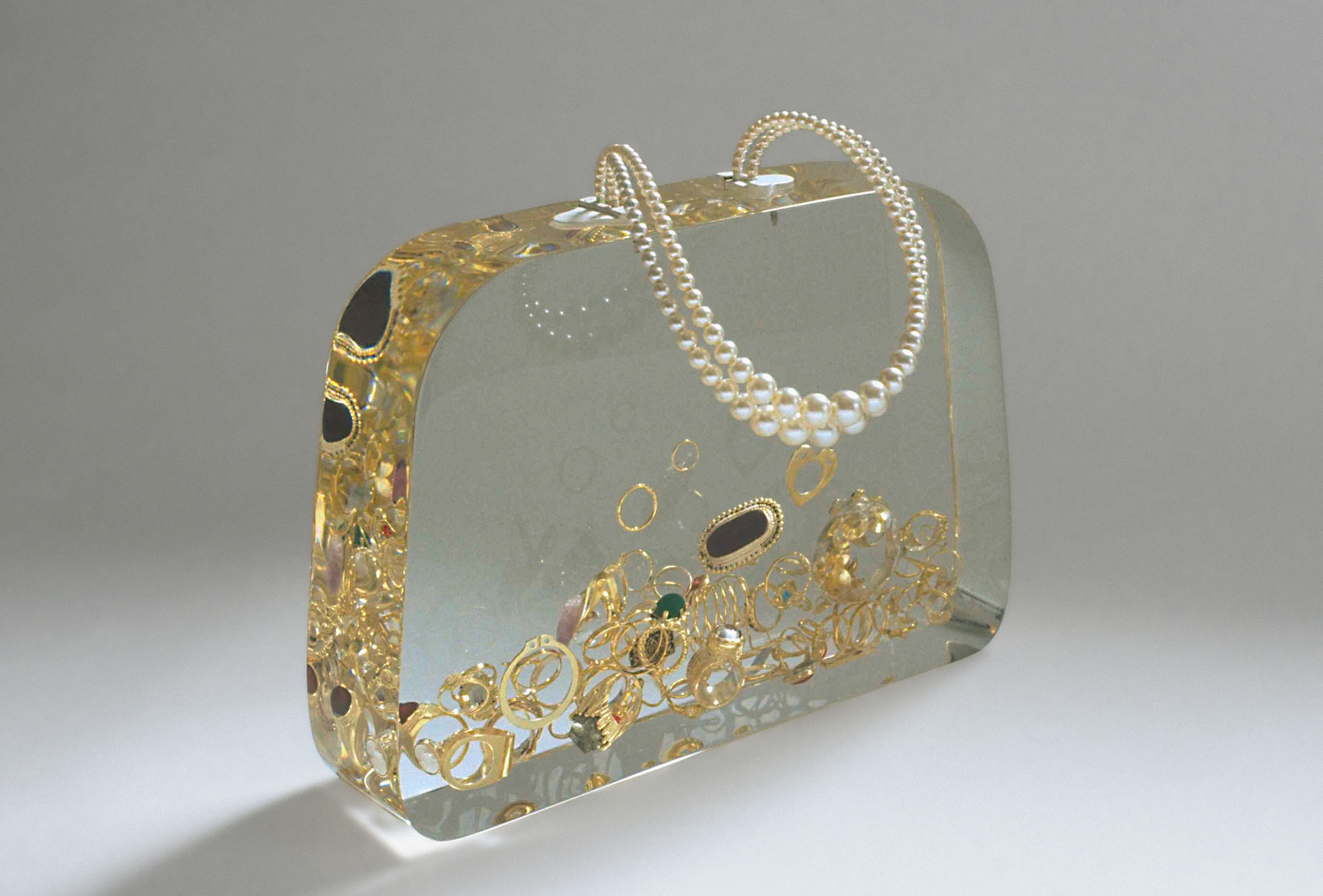 Ted Noten, Ageeth's Dowry bridal bag, 1999. Foto Atelier Ted Noten, parels, goud, stenen, acryl