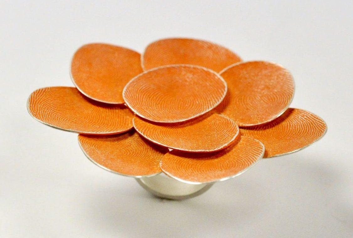 Gerd Rothmann, Das Sinnliche in Orange, ring, 2021, zilver, pigment