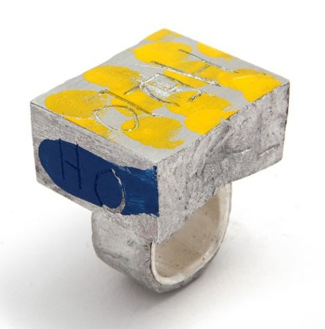 Paul Adie, Talk to me, ring, 2019, aluminium, zilver, verf