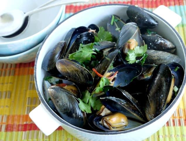 Fresh mussels cooked in coconut milk and chilli
