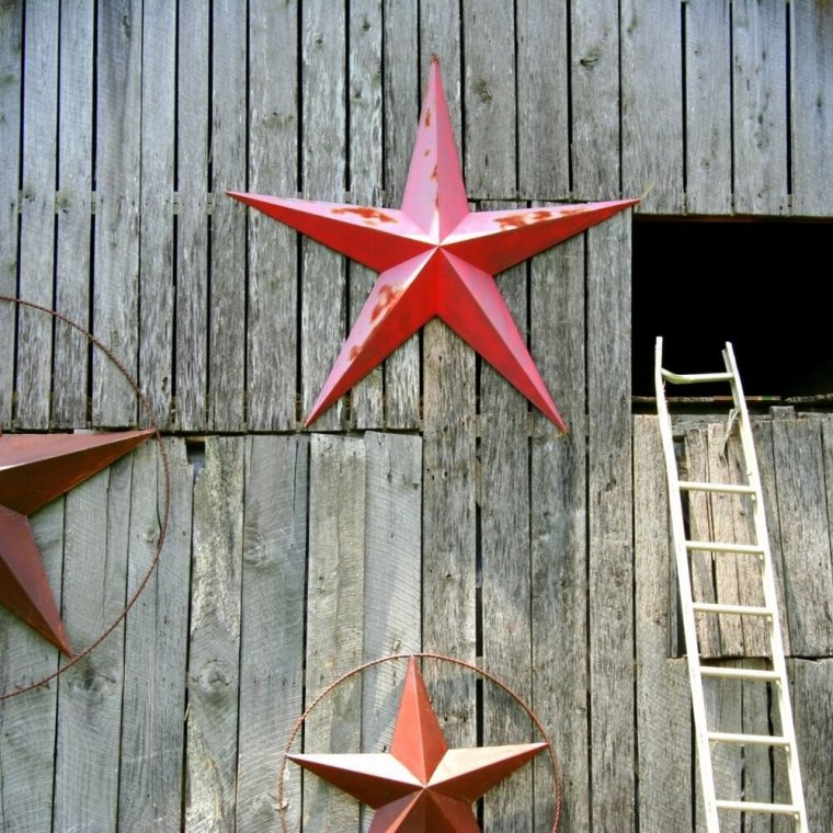 A Starry Spell - In the past several years this metal/tin stars have become super popular in decorating, especially for those people who prefer a more rustic aesthetic. Some have rings around them and some don't, but either way the magick of the star remains.The five-pointed star has long been a symbol of protection and when you place one in or on your home (or adorn your body with it as jewelry or even tattoos) you are tapping into a subtle type of protection magick; a symbol that has been accumulating the energy and intention of protection for hundreds, maybe thousands of years.