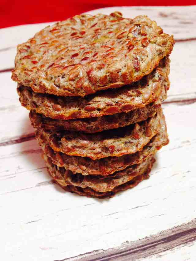 Chia and flax seed biscuits 1