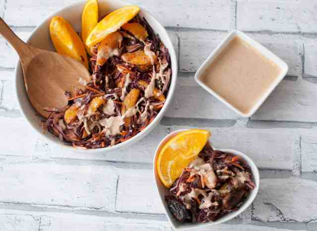 Red Cabbage and Carrot Salad with a kickass peanut butter dressing 4