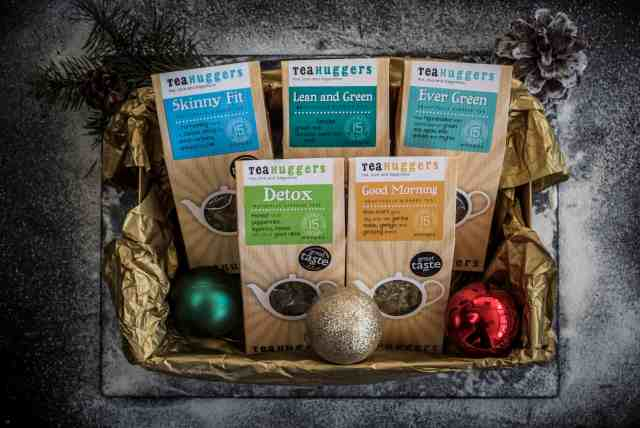 The ultimate Christmas foodie gift box guide is here! I've found the perfect presents for all the food lovers in your life, food-obsessed friends and relatives as well as vegan, vegetarian, gluten-free, dairy-free or those who love whatever comes their way!
