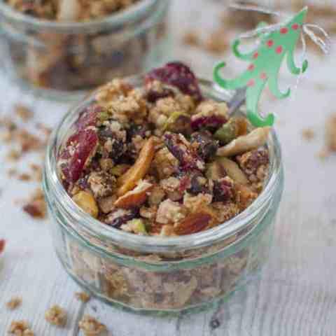 Healthy Christmas granola recipe