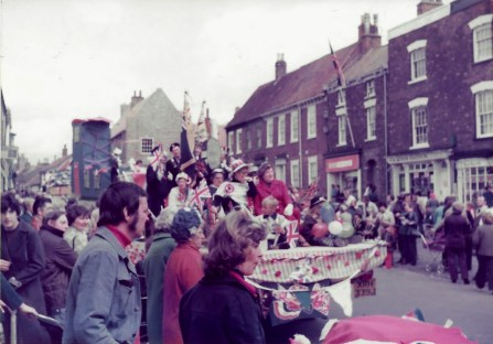 5 Silver Jubilee Parade Hedon 1977 by Tom Bond